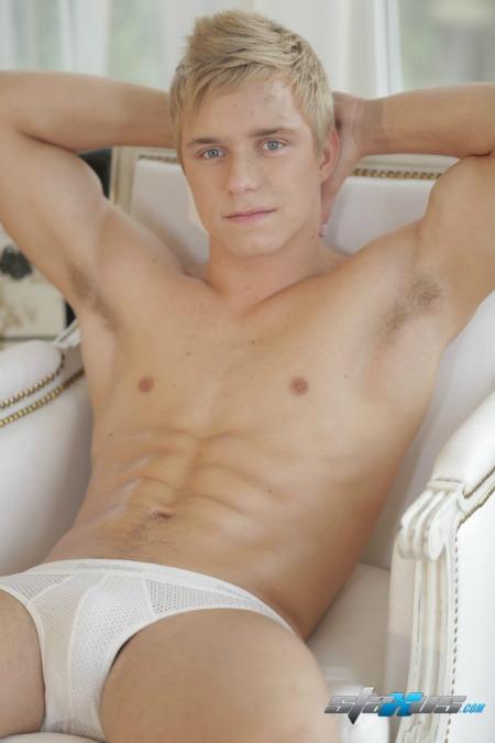 staxus'-hunkalicious-blond-jock-carl-ross-chronicles-of-pornia-blog