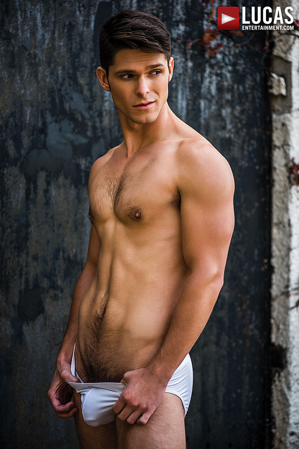 lucas-entertainment-newcomer-devin-franco-is-a-handsomely-charming-stud-chronicles-of-pornia-blog