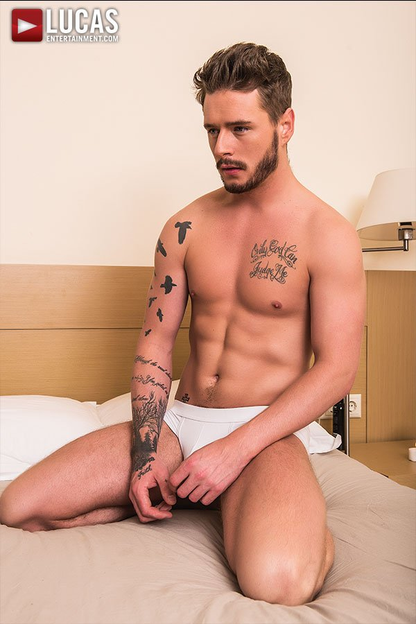 lucas-entertainment's-painfully-steamy-and-hot-exclusive-newcomer-josh-rider-2-chronicles-of-pornia-blog