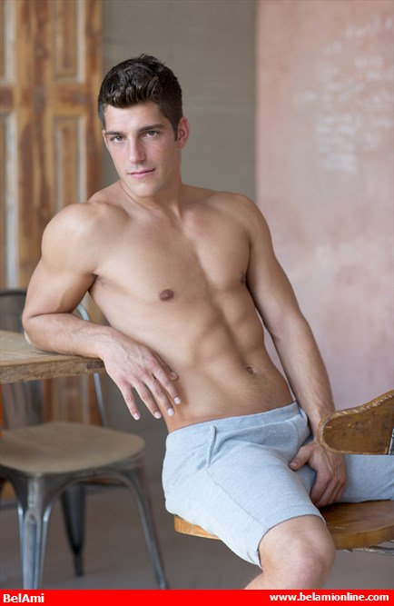 Bel_Ami_Online_Ariel_Vanean_The_Body_Hottie_Chronicles_of_Pornia_Blog