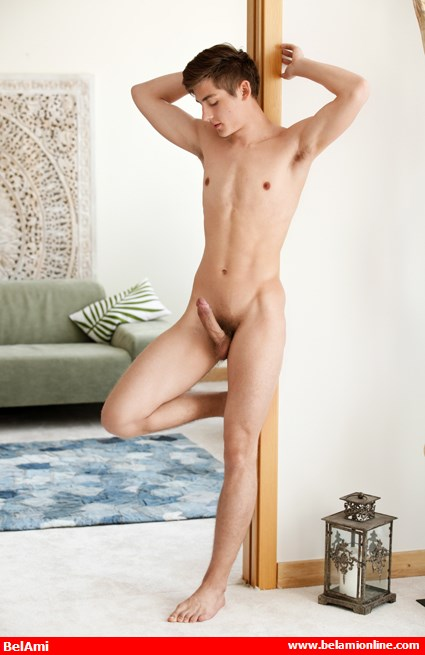 bel_ami_online_here_comes_hottie_chip_daley_chronicles_of_pornia_blog