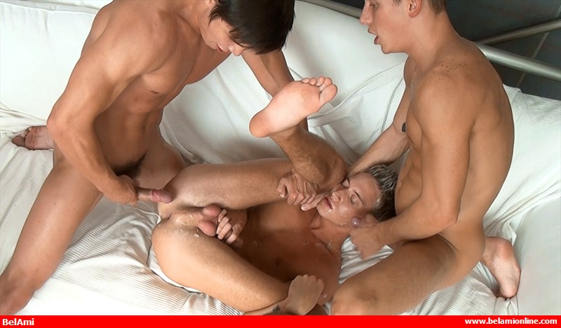 bel-ami-online-jim-kerouac-and-dario-dolce-treat-billy-cotton-to-some-meat-6-chronicles-of-pornia-blog